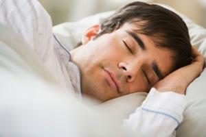 Mẹo giúp bạn ngủ ngon khi trời nóng